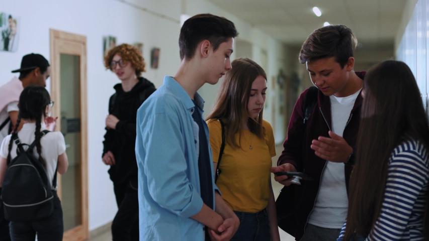 studenti scuola a distanza